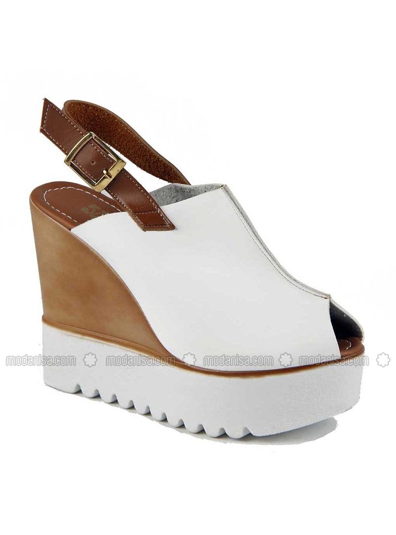 Dolgu Topuk Ayakkabı Modelleri 87