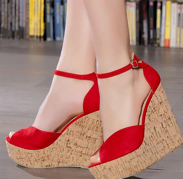 Dolgu Topuk Ayakkabı Modelleri 88