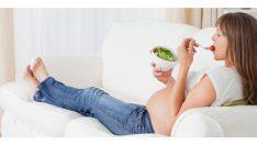 Hamileler Nasıl Beslenmeli & Hamilelikte Beslenme Nasıl Olmalı?