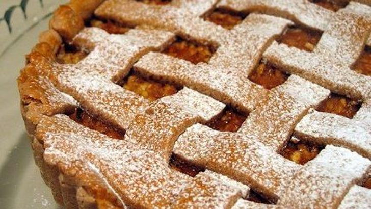Elmalı Tart Hafif ve Lezzetli Muhteşem Aromalı Pasta Tarifi