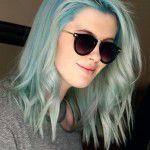 ireland-baldwin_glamour-21Mar14-spl_b_426x639