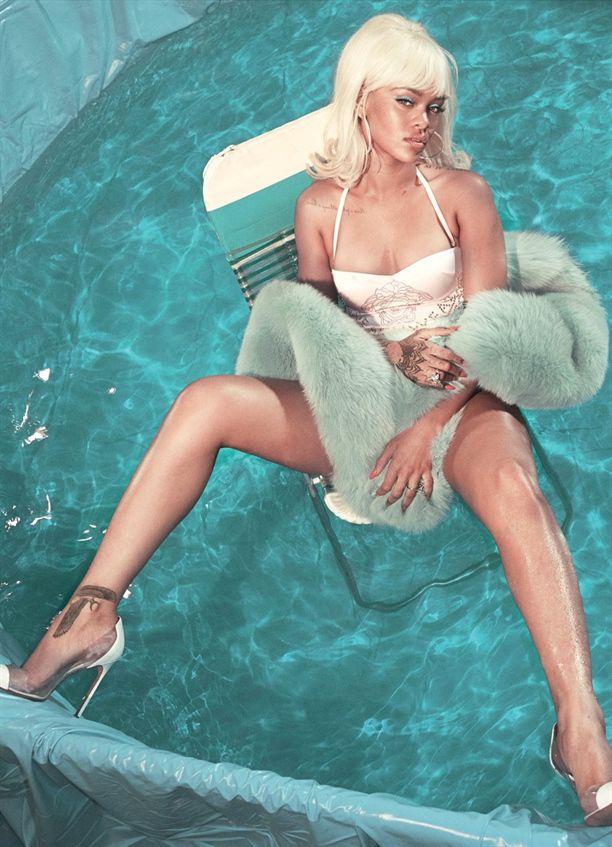 Rihanna plaj modası