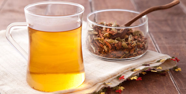 Adet Sancılarına Bitkisel Çay Tarifi