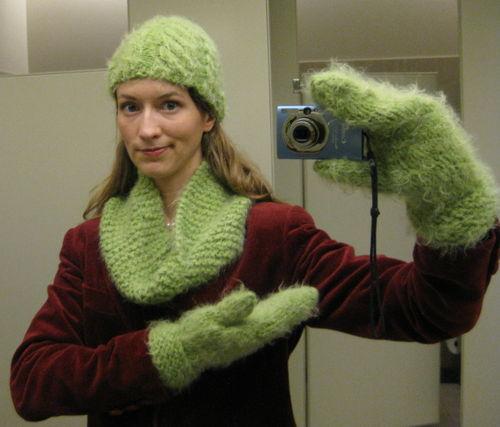 Atkı Bere Elbiven Modelleri Kırçıllı Yeşil Takım