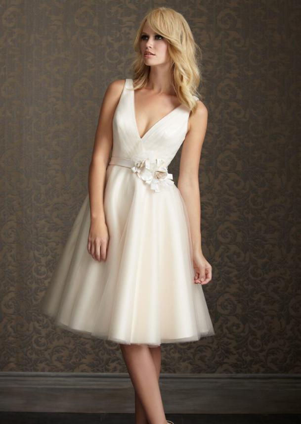 Beyaz Abiye Modelleri, Şık Gece Elbiseleri