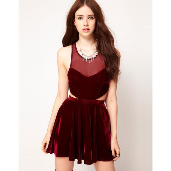 2021'in Moda Rengi Bordo Abiye Elbise Modelleri