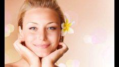 Kadınlar Yüzlerini Daha Fazla Önemsiyor