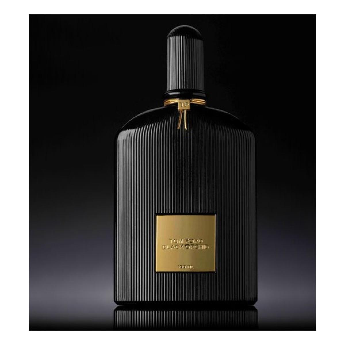 Erkeklerin En Sevdiği 10 Kadın Parfümü