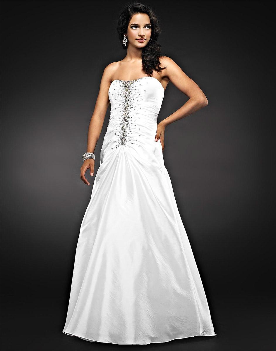 80c2101a10273 2019 Beyaz Abiye ve Gece Elbiseleri - Gelinler Bile Kıskanacak Nikah ve  Dügün Kıyafetleri