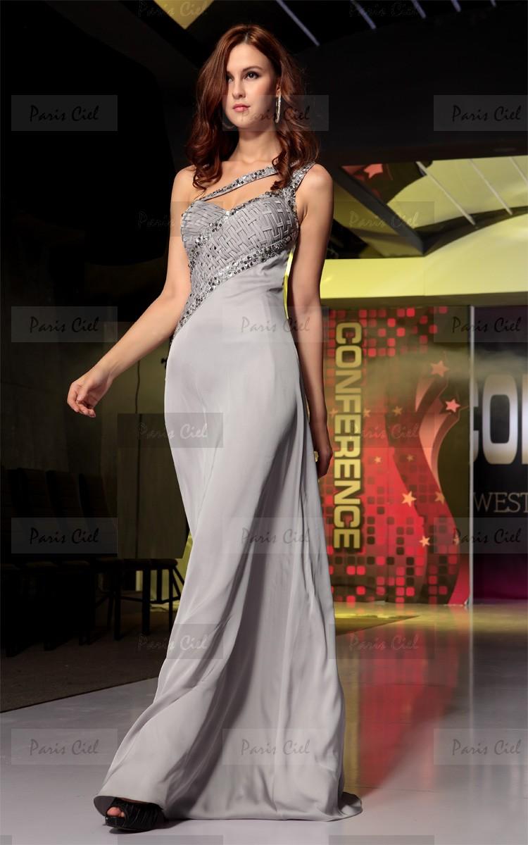 Gümüş Renkli Gece Elbise Modelleri