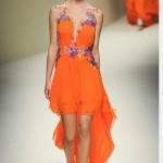 2018 Yaz Trendleri Sokak Modası Şık Yazlık Elbise Modelleri