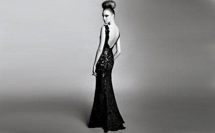 Sırt Dekolteli Abiye Elbise Modelleri