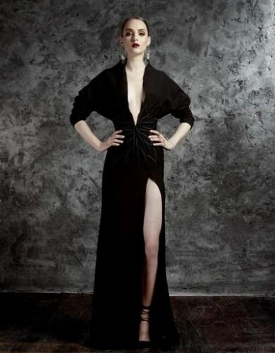 Derin Yırtmaçlı Abiye Modelleri-abiye kıyafetler-abiye elbise modelleri-abiye elbise-abiye elbiseler-gece elbiseleri-abiyeler-en şik abiyeler-abiye elbise modelleri
