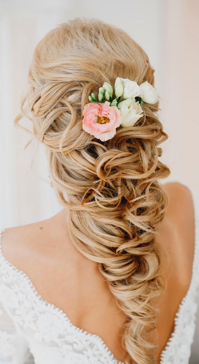 Nişan için en güzel saç modelleri