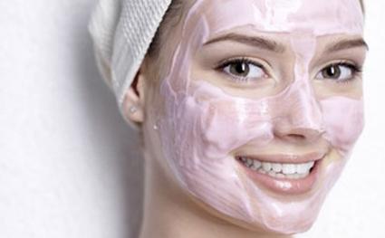 Tüm Cilt Tiplerine Özel Güzellik Maskeleri
