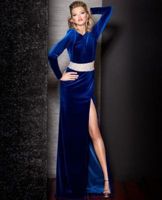 Kadife Abiye Elbise Modelleri-abiye kıyafetler-gece elbiseleri-abiyeler-en şik abiyeler