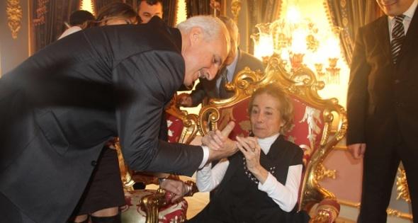 Türk Sanat Müziği sanatçısı Behiye Aksoy, kaldığı bakımevinde 31 Mayıs 2015`te 81 yaşında hayata gözlerini yumdu.