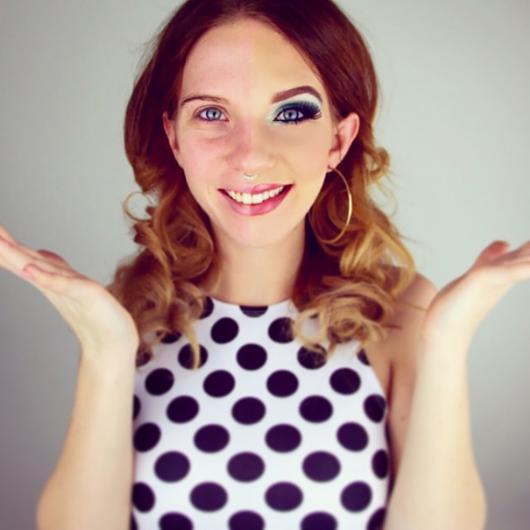 Kadınların Youtubedaki Yeni Trendi - Makyajın Gücü (7)