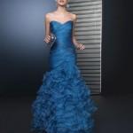 2020 Nişan Elbiseleri Mavi Uzun Straplez Kalp Yakalı Katmanlı Etekli