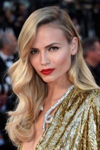 Yılbaşı Gecesi İçin Saç Modeli Önerileri (13)