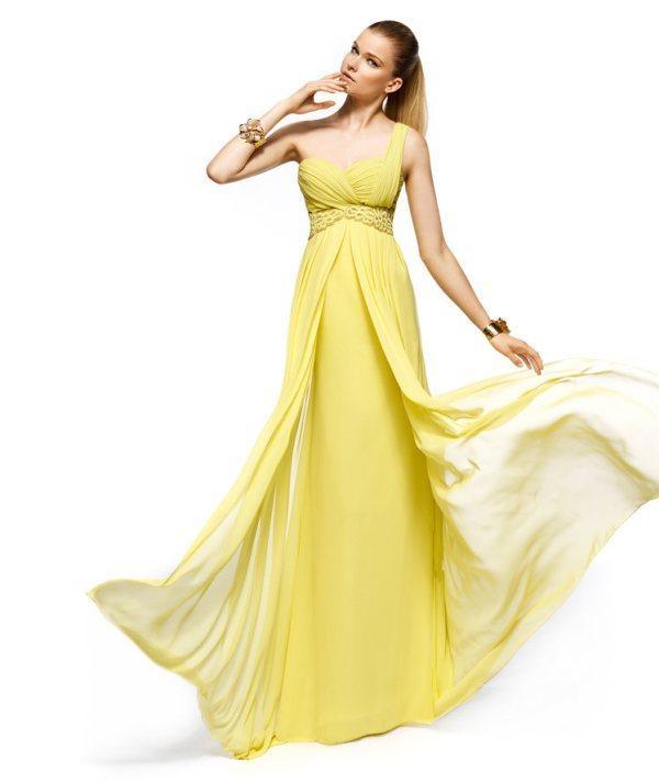 Tek omuzlu sarı nişan elbisesi