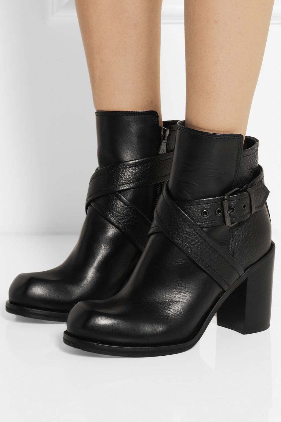En Şık Kadın Çizme Modelleri