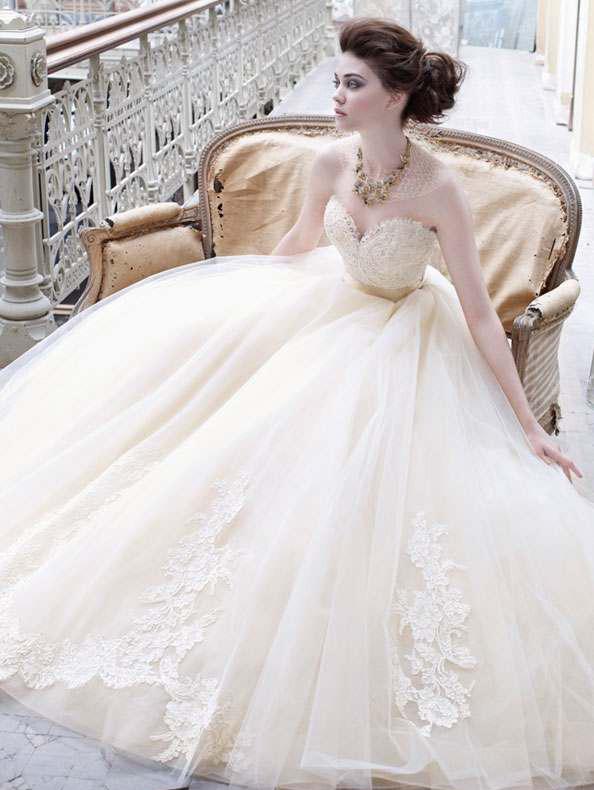 999a80edf5ee8 En Güzel Prenses Gelinlik Modelleri   SadeKadınlar, Kıyafet Kombinleri