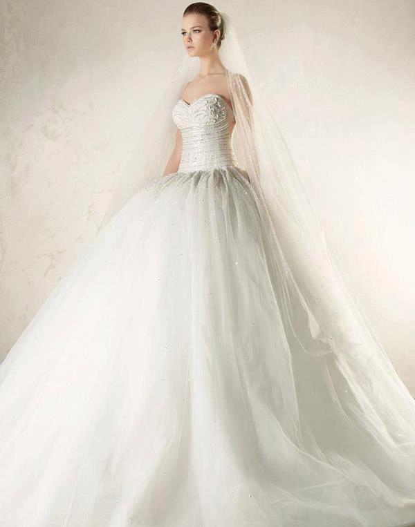 En Güzel Prenses gelinlik,Kabarık gelinlik,gelinlikler,gelınlık modellerı,gelinlik modelleri resimli