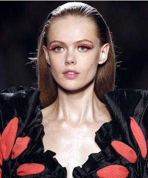 Islak Görünümlü Saç Modelleri
