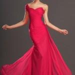 2020 Nişan Elbiseleri Fuşya Uzun Tek Askılı Kalp Yakalı