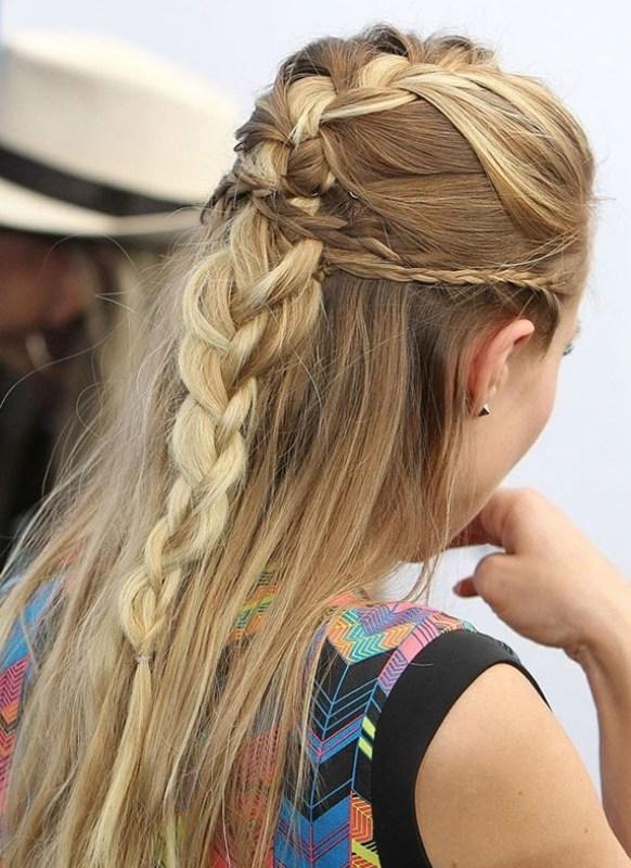 Birbirinden Şık ve Güzel Örgü Saç Modelleri (21)