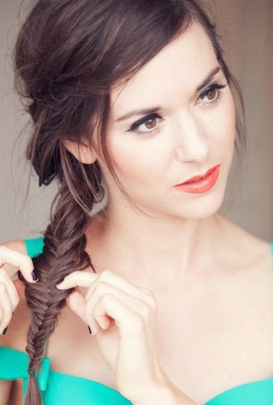 Birbirinden Şık ve Güzel Örgü Saç Modelleri (8)