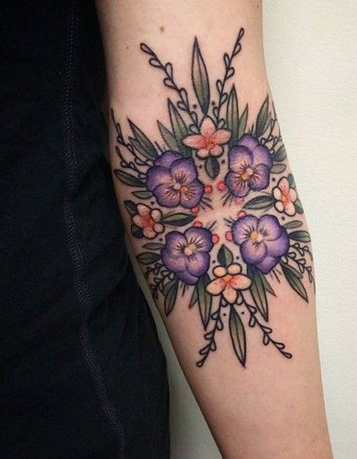 Pinteres'in En Güzel 25 Dövme Modeli - Tatto- The 40 most beautiful tattoos Pinterest-Idee-tatouage-un-motif-geometrique-et-floral