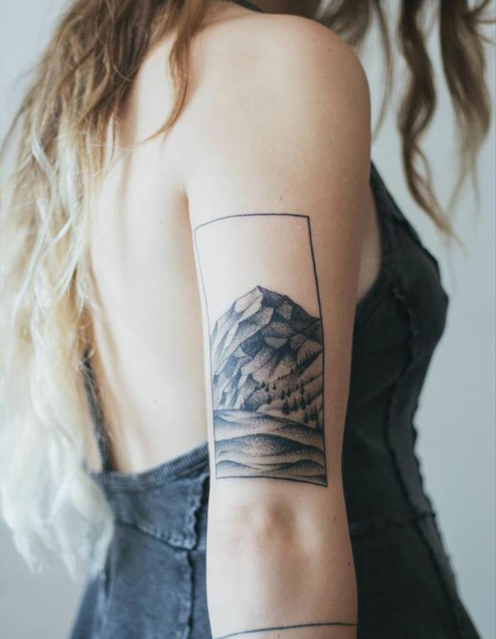 Pinteres'in En Güzel 25 Dövme Modeli - Tatto- The 40 most beautiful tattoos Pinterest-Idee-tatouage-un-paysage-en-noir-et-blanc