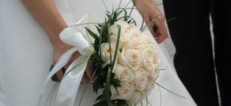 Gelin Adaylarına En Güzel Gelin Çiçekleri