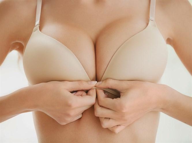 Sarkan Göğüsleri Dikleştirmek İçin Bu Hareketleri Yapın