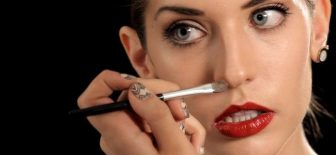 Kemerli Burunlar İçin Makyaj İpuçları