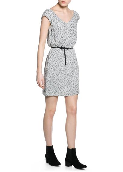 mango-yazlik-elbise-modellleri-10