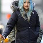 the blue hair color-Kate Hudson