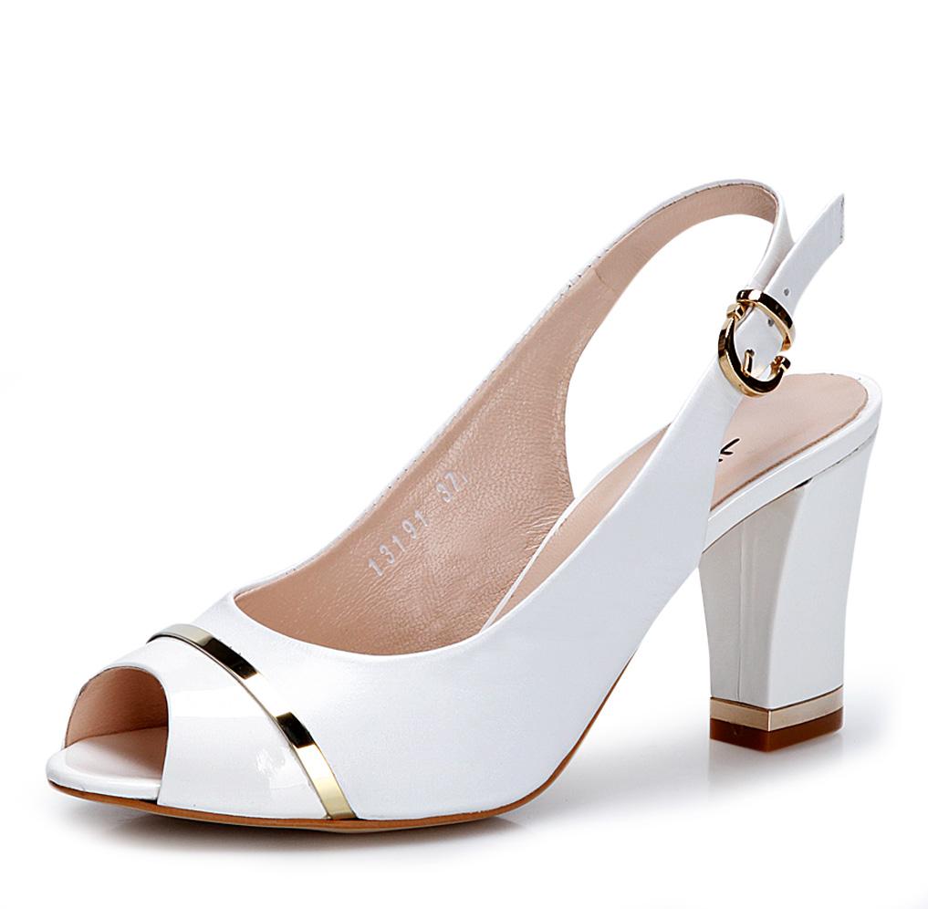 beyaz-topuklu-gelin-ayakkabi-modelleri-14