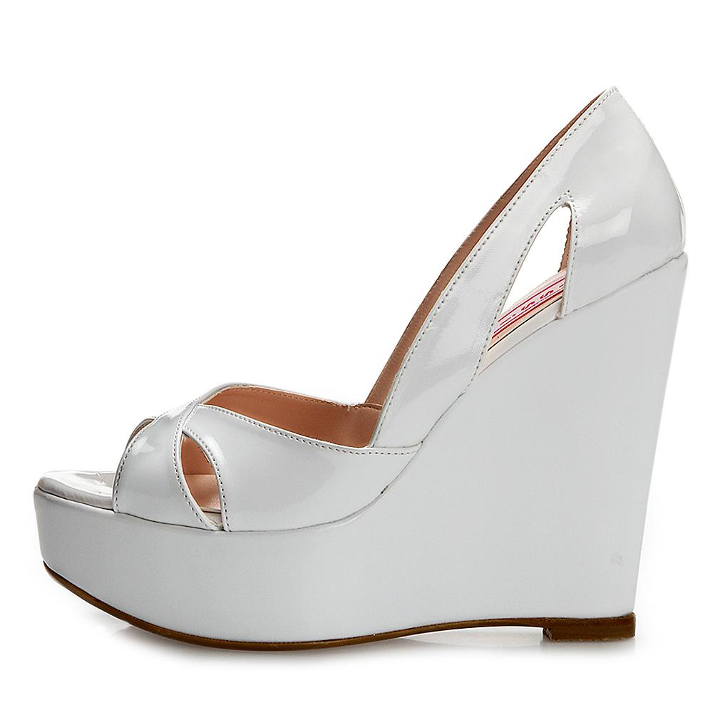 beyaz-topuklu-gelin-ayakkabi-modelleri-18
