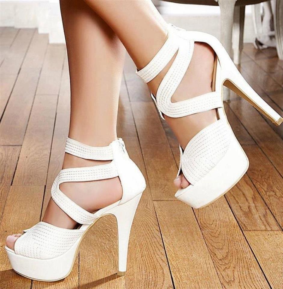 beyaz-topuklu-gelin-ayakkabi-modelleri-20