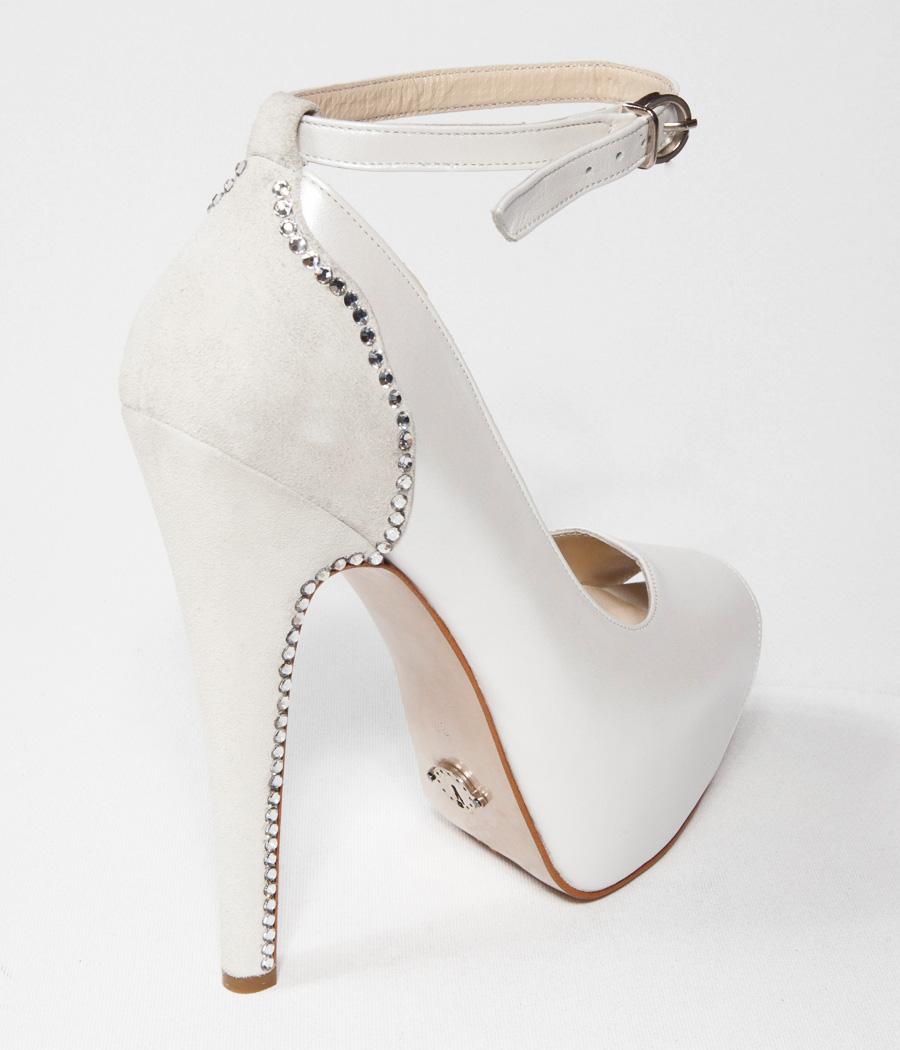 beyaz-topuklu-gelin-ayakkabi-modelleri-24