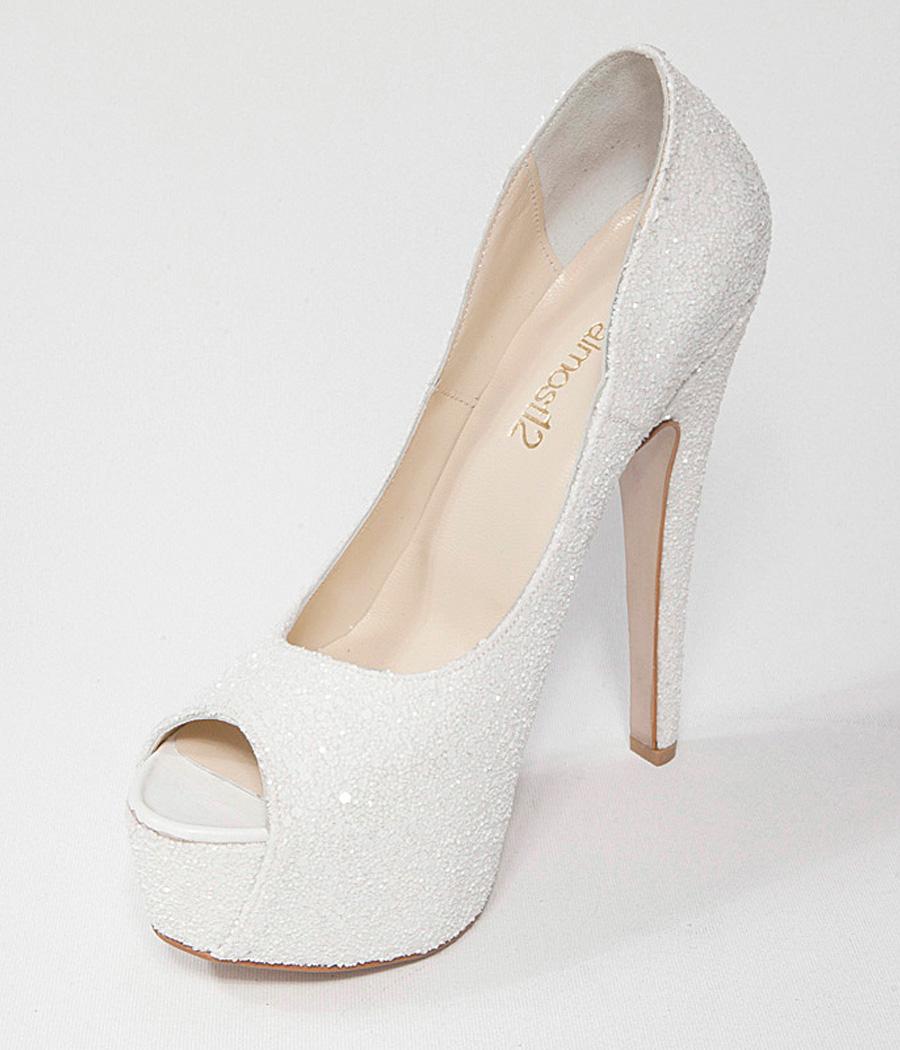beyaz-topuklu-gelin-ayakkabi-modelleri-27