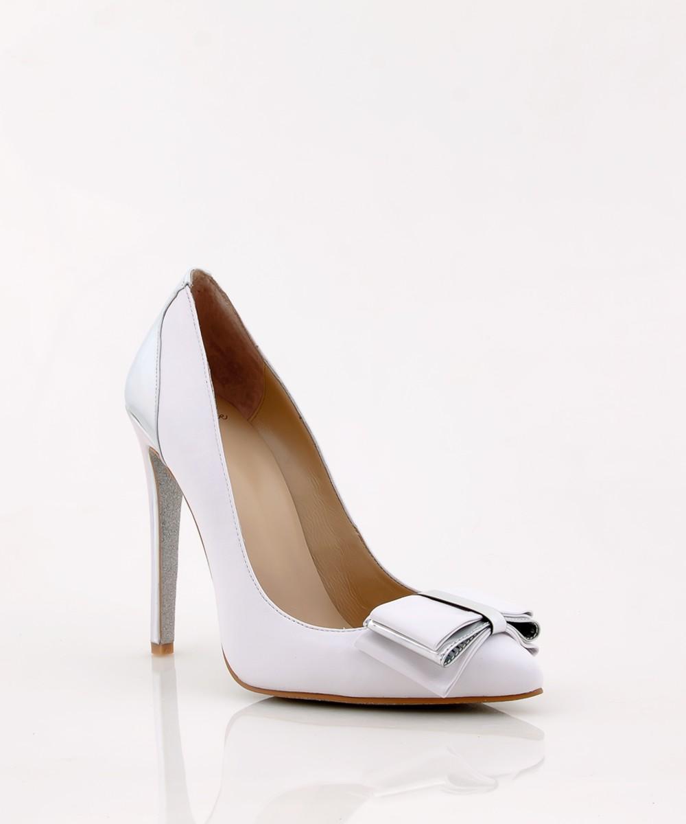 beyaz-topuklu-gelin-ayakkabi-modelleri-30