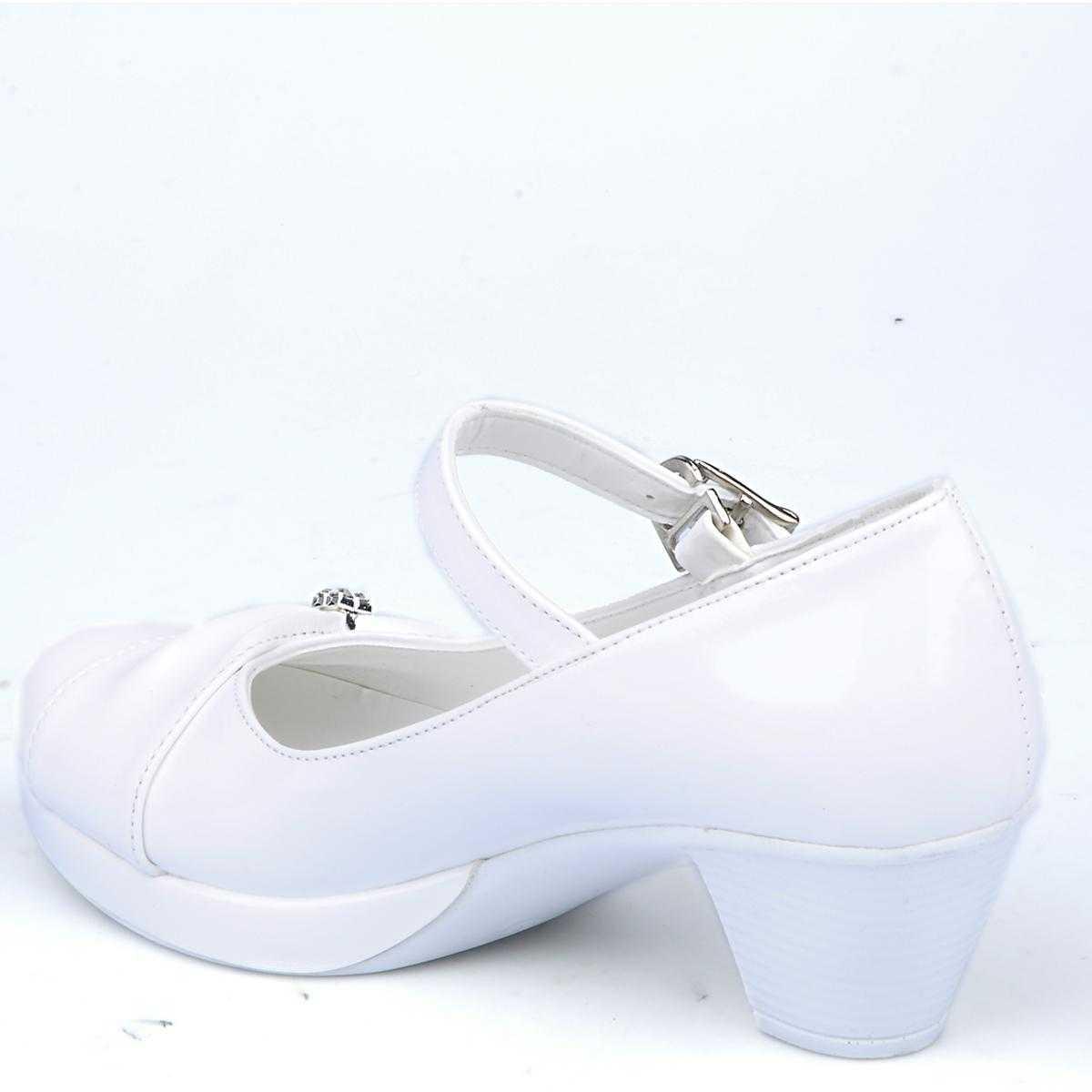 beyaz-topuklu-gelin-ayakkabi-modelleri-34
