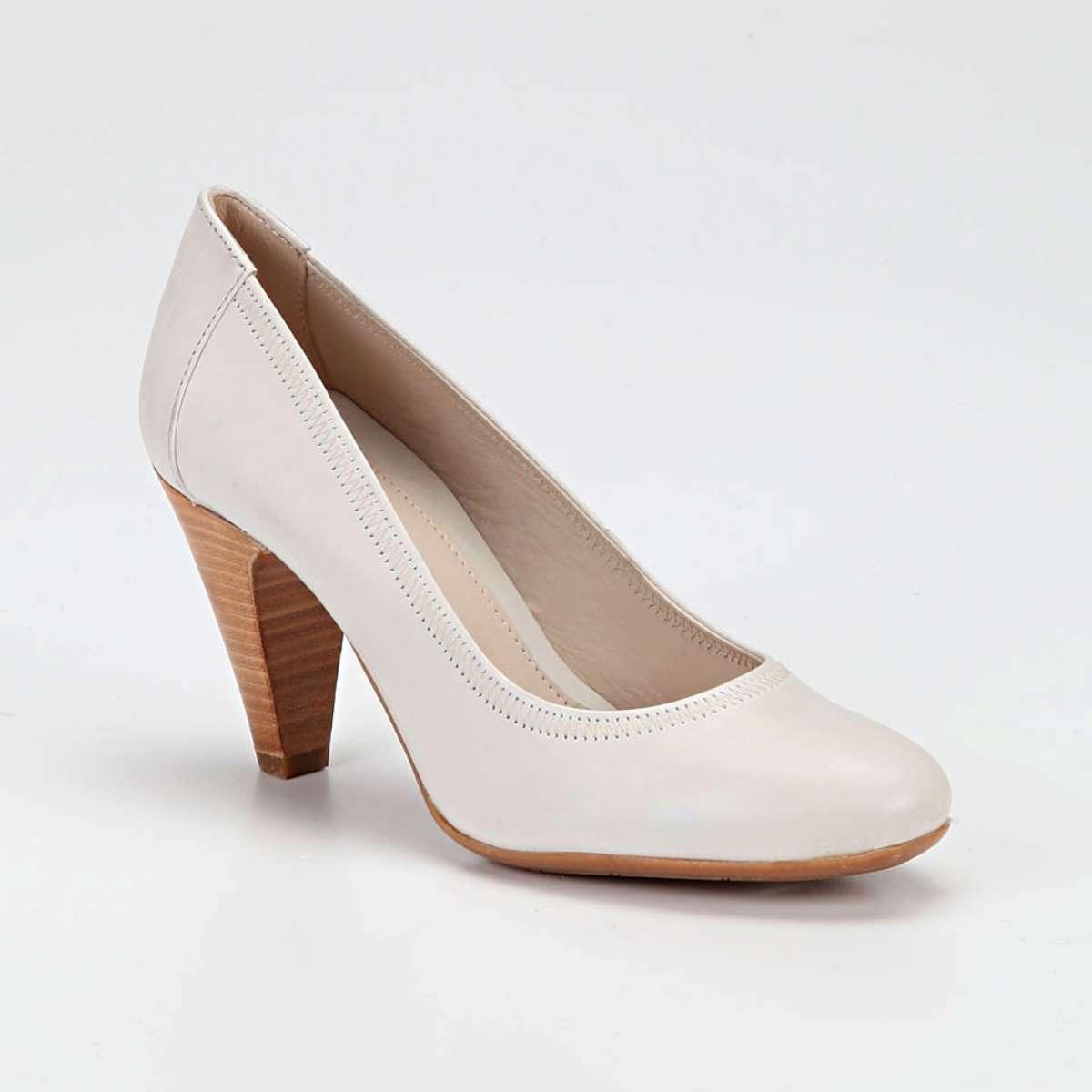 beyaz-topuklu-gelin-ayakkabi-modelleri-36