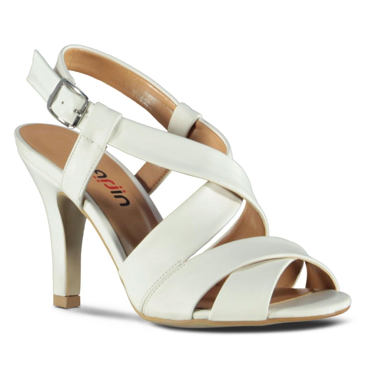 beyaz-topuklu-gelin-ayakkabi-modelleri-7