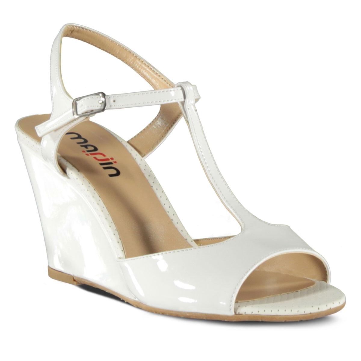 beyaz-topuklu-gelin-ayakkabi-modelleri-9