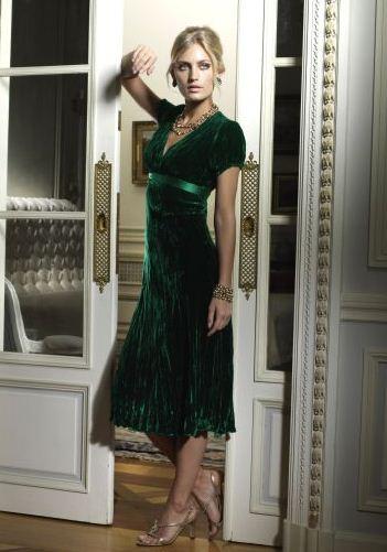 en-guzel-kadife-abiye-elbise-modelleri-30
